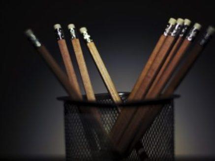 pencils-933313_1920