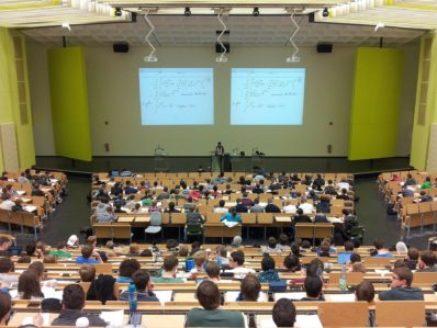 university-105709_1920